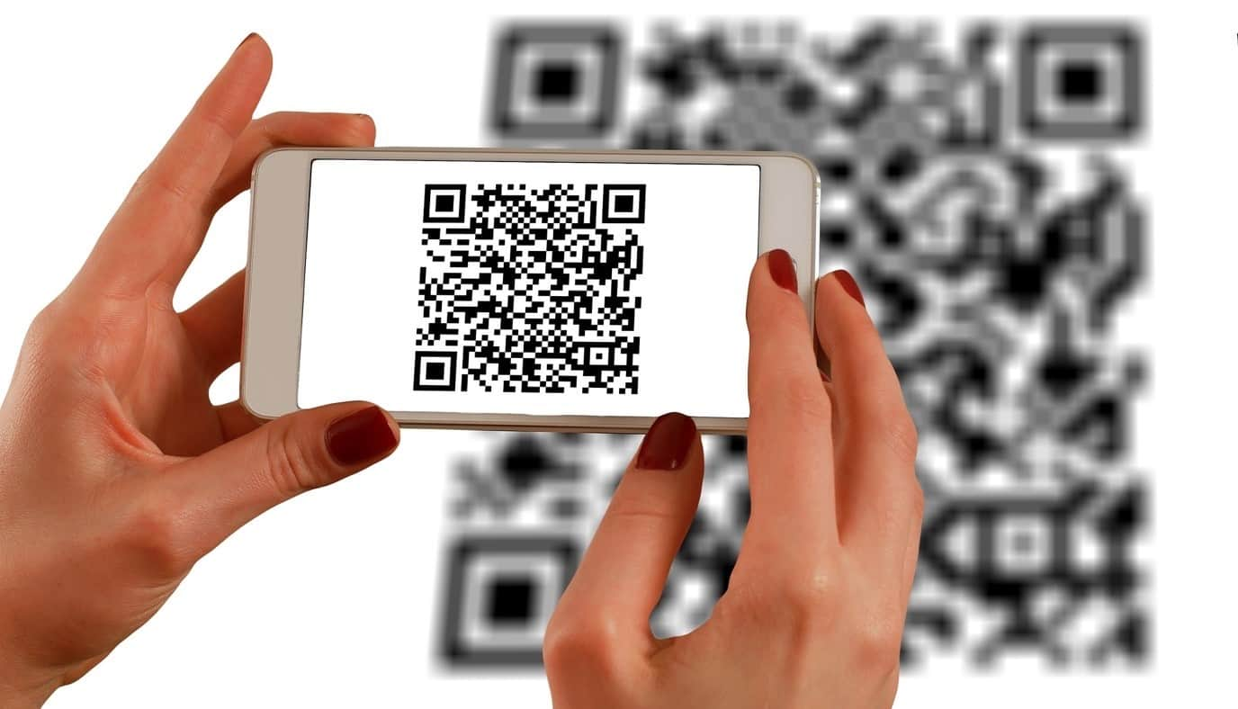 content/tr-tr/images/repository/isc/2020/9910/a-guide-to-qr-codes-and-how-to-scan-qr-codes-1.jpg